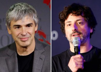 Google founders step down